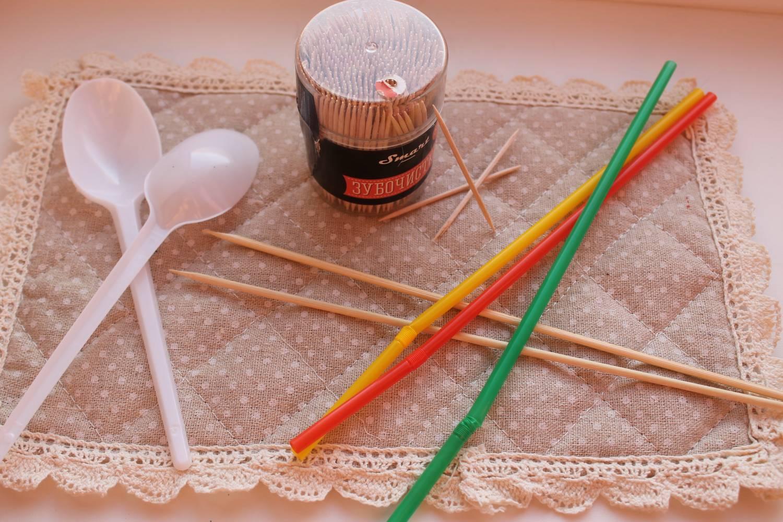 Газетные трубочки для плетения своими руками: мастер-класс 77